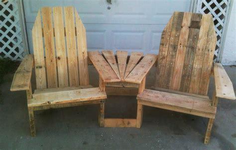 wood pallet projects pallirondack settee