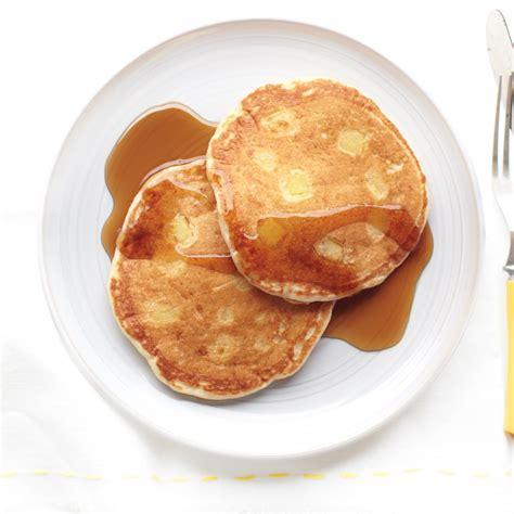 apple buttermilk pancakes
