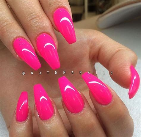 Dots looks like an ordinary fountain pen, a rod of each ends with the round metal tip. Beautiful Pink coffin nails | Nail colors, Toe nails ...