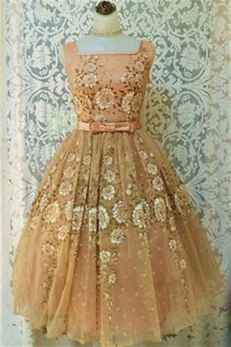 vintage  pink lace prom dress