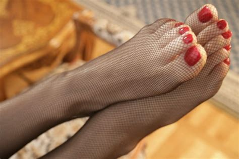 Fishnet Pantyhose High Heels 02 Like Ras Naughty Blog