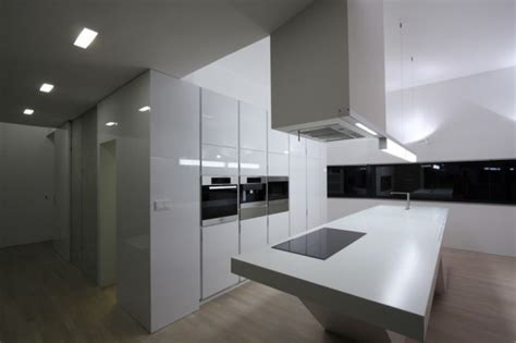 modern house design  cool interior  black  white colors digsdigs