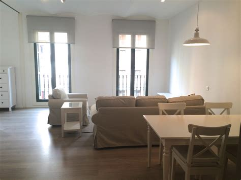 3 bedrooms for rent furnished 3 bedroom apartment for rent placa catalunya
