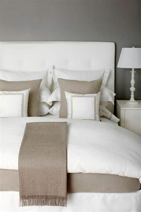 chambre couleur taupe et blanc couleur chambre avec lit blanc raliss com