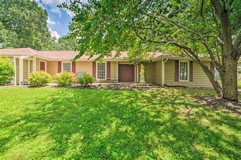 Maybe you would like to learn more about one of these? Calvert City Home, 8 Miles to Kentucky Lake! Has Air ...