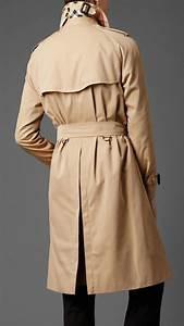 Trench Coat Burberry Homme : burberry heritage double breasted raglan trench coat in beige for men honey lyst ~ Melissatoandfro.com Idées de Décoration