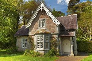 Architects offer Irish cottage-style home plans | Home ...