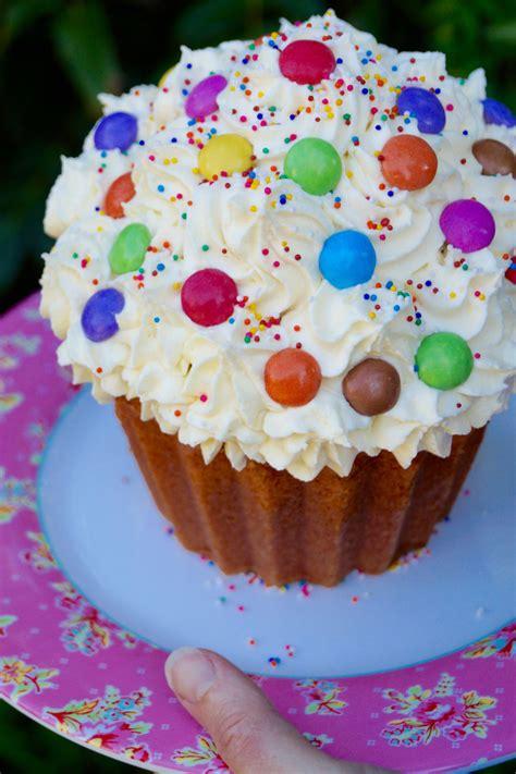 cupcake giant recipe birthday easy fraser bakeware whatjessicabakednext