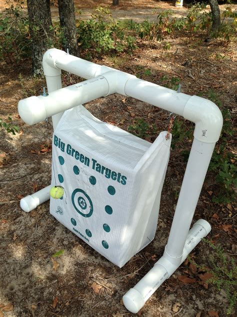 pvc target stand  bowhunters bowhunting pinterest pvc