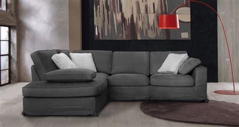 nettoyer un canape en tissus comment nettoyer canap 233 tissu les decoration de maison