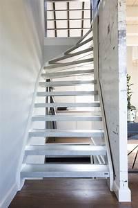Offene Holztreppe Renovieren : 3 wichtige gr nde ihre treppe nicht zu streichen ~ Fotosdekora.club Haus und Dekorationen