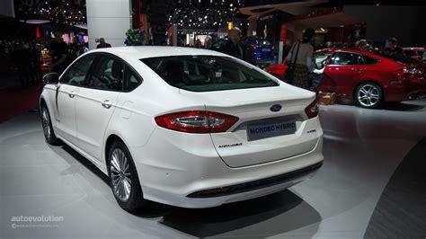 comparison  ford mondeo  audi  sedan autoevolution