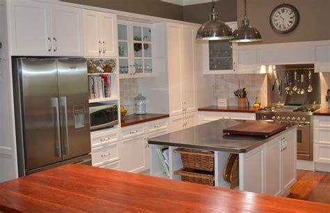 creative kitchen designs traditional provincial kitchens cdk 3020