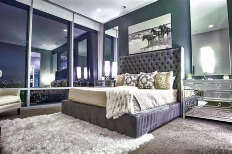 creative ways  decorate fantastic feminine glam bedroom