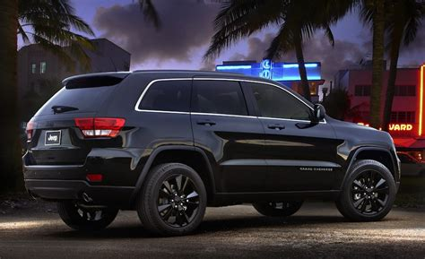 jeep cherokee blacked out blacked out jeep grand cherokee concept egmcartech