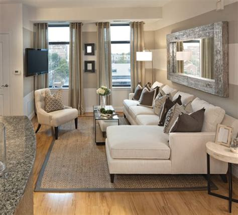 Ideas For Living Room Condo by Best 25 Condo Living Room Ideas On
