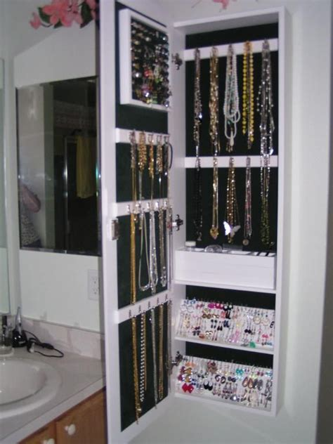 Best 25+ Mirror Jewelry Storage Ideas On Pinterest