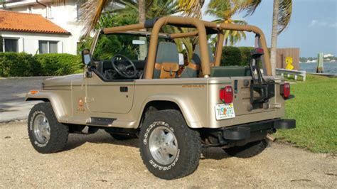 jeep wrangler yj sahara edition