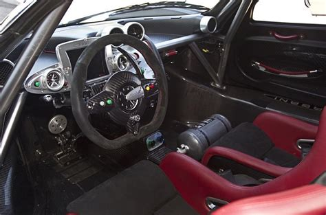 zonda pagani autocar open dashboard close