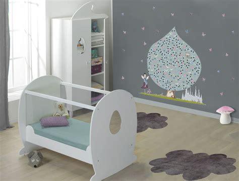 chambre bébé design aménager la chambre de bébé quelle ambiance page 2