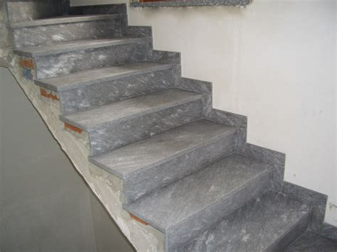 order of installation of treads and risers masonry
