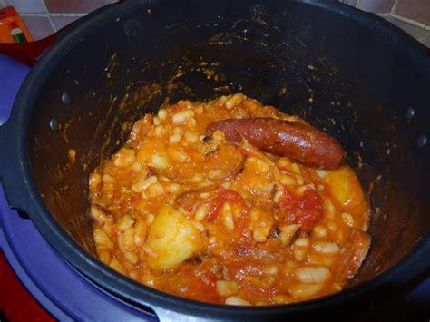 cuisiner des haricots blancs secs recette rapide de cassoulet le cookeo de titoune