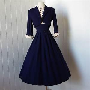 vintage 1940s dress ...fabulous WWII navy blue full skirt ...