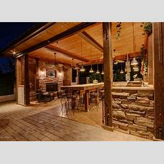 Covered Outdoor Kitchen  Outdoor Kitchen Ideas 10
