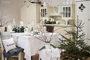 Esstisch Weihnachtlich Dekorieren : rezept f r einen saftigen zitronenkuchen mit baiserhaube ~ Markanthonyermac.com Haus und Dekorationen