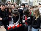 Gedenkveranstaltung: Berliner Schüler gedenken der Opfer ...