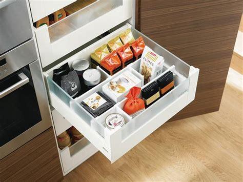 Lade Interni Design by Blum Voorraadkast Keuken Met Handige Indeling Legrabox