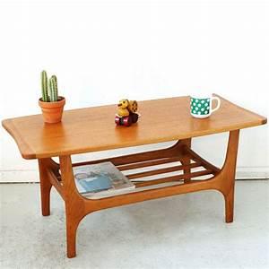 Petite Table Basse : petite table basse scandinave teck ann es 50 mobilier vintage home improvment pinterest ~ Teatrodelosmanantiales.com Idées de Décoration