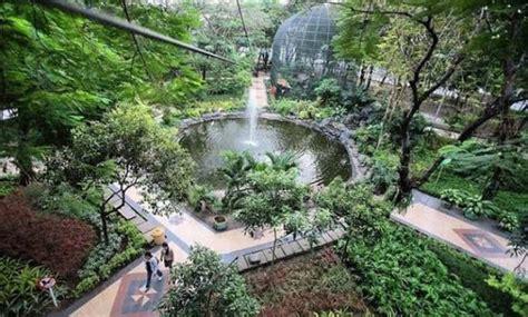 Персонаж аниме, манги и ранобэ. 10 Taman di Surabaya, Sakura Pelangi Sejarah Harmoni Safari Kenjeran Prestasi Korea Lansia ...