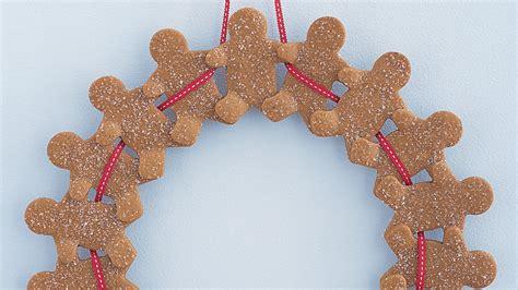 gingerbread man wreath martha stewart