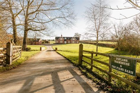 Self Catering Accommodation in Staffordshire - Poplars Holiday Cottage