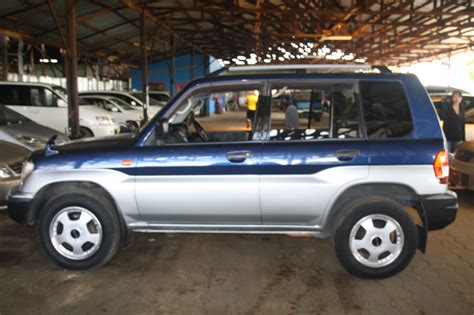 mitsubishi pajero io 2011 mitsubishi pajero io pictures information and