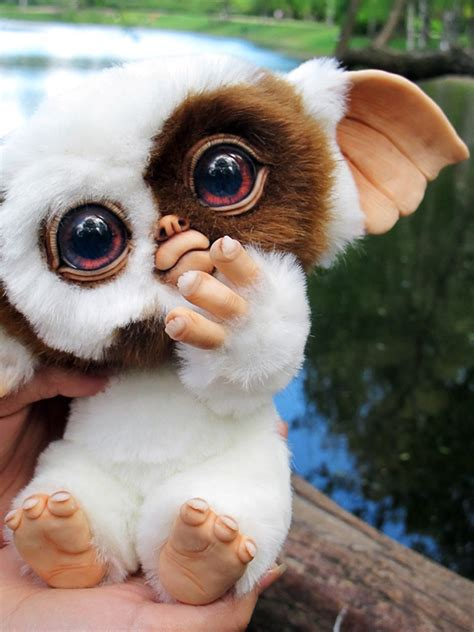 baby mogwai gizmo church  halloween