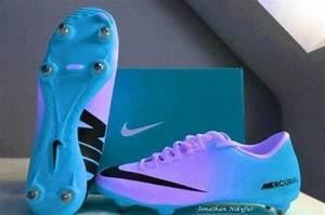Shoes: blue, nike, soccer, nike soccerboot, soccer shoes ...