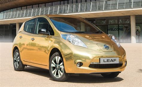 gold nissan car nissan gold leaf