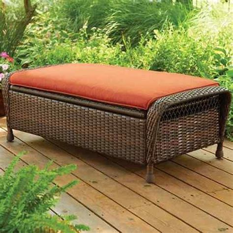 10 patio furniture with ottoman that is