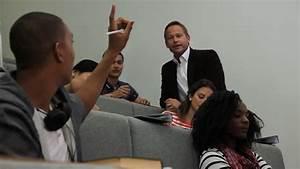 Estudiante / Educación / Aula | HD Stock Video 168-888-289 ...
