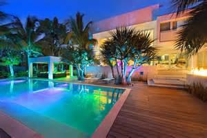 Yard House Palm Beach