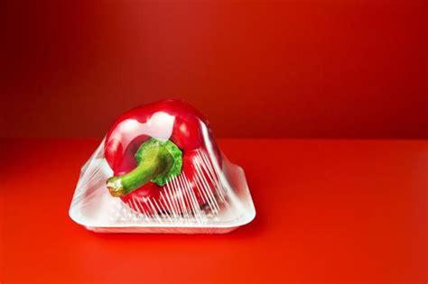 wrapping plastic plastik pembungkus makanan dll stock