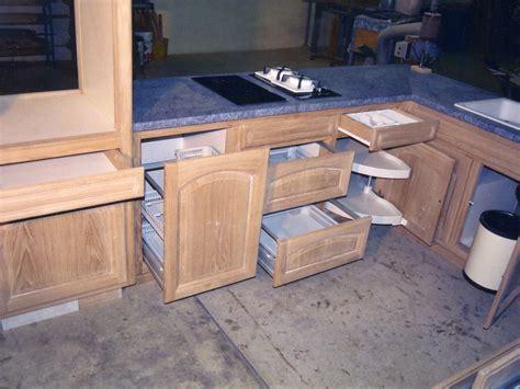 fabricant de porte de cuisine mobilier de cuisine en bois massif posé à dax dans les