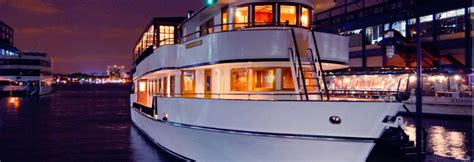 Private Boat Rentals Nj by Nyc Luxury Yacht Charters Private Party Boats Metro