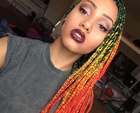 colores atractivos  llevar  trenzas africanas