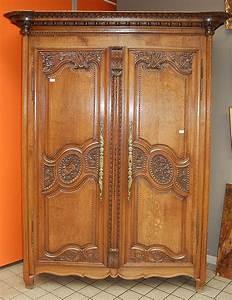 Armoire Deux Portes : armoire normande de mariage en ch ne sculpt ouvrant deux ~ Teatrodelosmanantiales.com Idées de Décoration