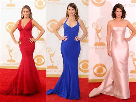 les plus belles robes de chambre emmy awards les plus belles robes à traîne du tapis