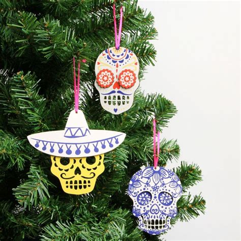 wooden skull christmas decorations set   mexican