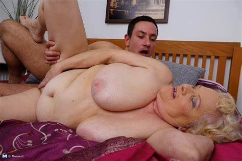 Clean Pervert Paging Older Boys Son With Aunty